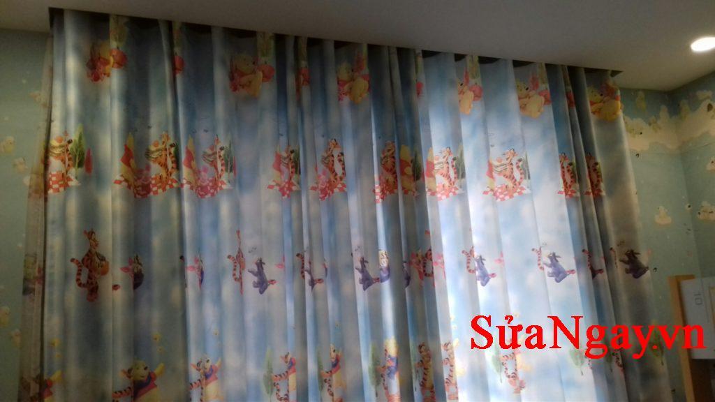 rèm vải tự động phù hợp với không gian phòng lớn, phòng họp, hội trường, khách sạn, sảnh lớn