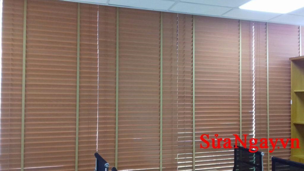 rèm gỗ văn phòng đẹp