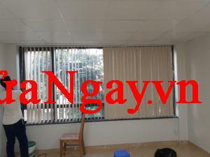 Sửa rèm văn phòng, bổ sung phụ kiện thiếu giá hợp lý